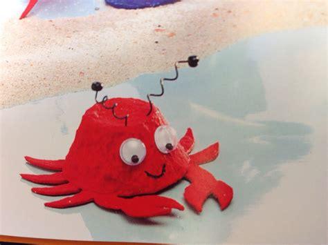 meerestier krabbe aus eierkarton eierkarton kunst kunsthandwerk fuer kinder und eierkarton basteln