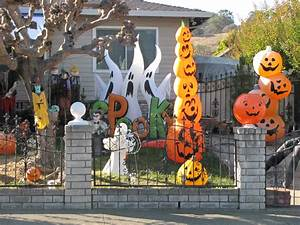Halloween In Amerika : best decorated halloween houses in novato ~ Frokenaadalensverden.com Haus und Dekorationen