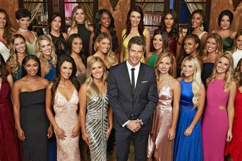 "How Old Are ""The Bachelor"" 2018 Contestants? Do They Get"