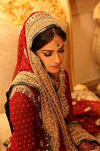 indian green wedding | Soma's Indian Weddings: Maquillage