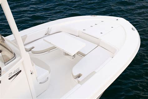 Bay Boats With Front Seating by Robalo 246 Cayman 2015 2015 Reviews Performance Compare
