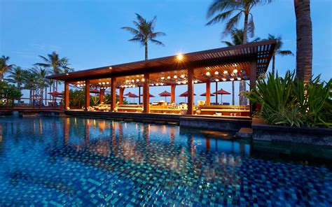 worlds  resort hotels  indonesia travel