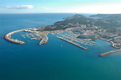 port de l escala espagne el port photo de l escala costa brava tripadvisor