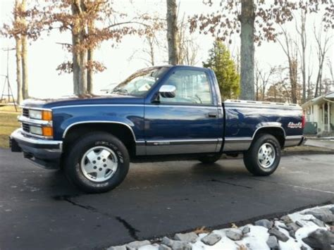 sell used super clean 1994 chevrolet k1500 4 x 4 garaged rust free nv4500 no reserve in