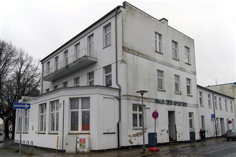 Im Warnemünder Haus Des Sports Entstehen Wohnungen Rostockheute