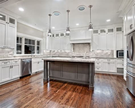 kitchen cabinets pictures gallery craftsman u shaped kitchen design ideas remodels photos 6321