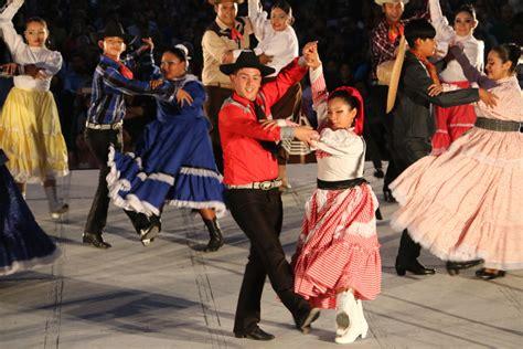 Disfrutan Alegre Fiesta De La Polka  Conarte Conarte
