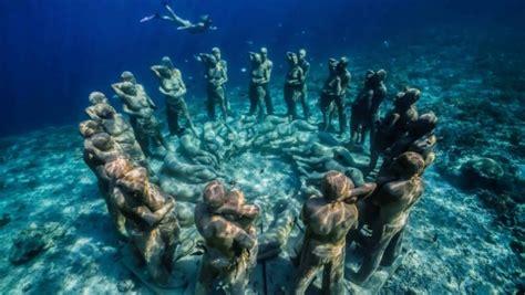 indonesie nest une magnifique sculpture sous marine