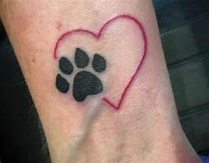 Finger Tattoo Herz : 33 pfoten tattoo ideen bilder und bedeutung ~ Frokenaadalensverden.com Haus und Dekorationen