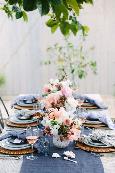 25+ Best Ideas About Dinner Table Decorations On Pinterest