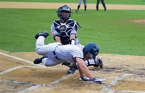 Baseball keeps chance of second-straight playoff berth ...