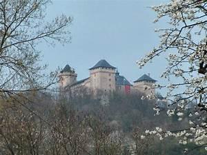 Le Bon Coin 57 Moselle : le chateau de malbrouck manderen 57 moselle ~ Gottalentnigeria.com Avis de Voitures