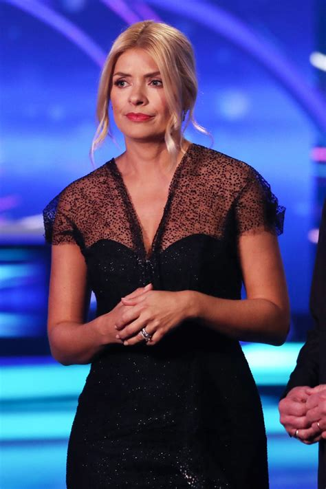 holly willoughby dancing  ice tv show se  hertfordshire