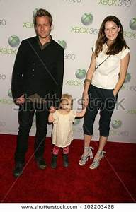 Gabriel Macht And Jacinda Barrett And Daughter Satine ...