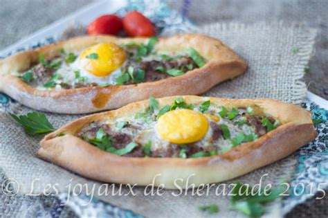 recette cuisine turc pizza turque pide à la viande les joyaux de sherazade