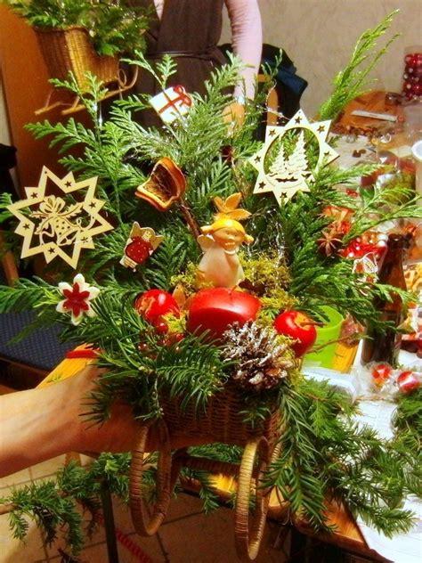Adventsschmuck Selber Machen by Weihnachtsgestecke Und Kr 228 Nze Http Eris