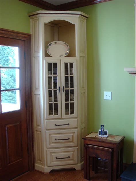 Traditional Antique White Corner Hutch  Mike's Woodworking
