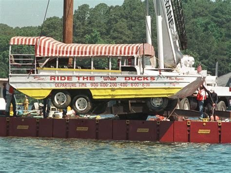Duck Boat Hot Springs by Duck Boat Accident Kills 17 In Missouri A Look Back At