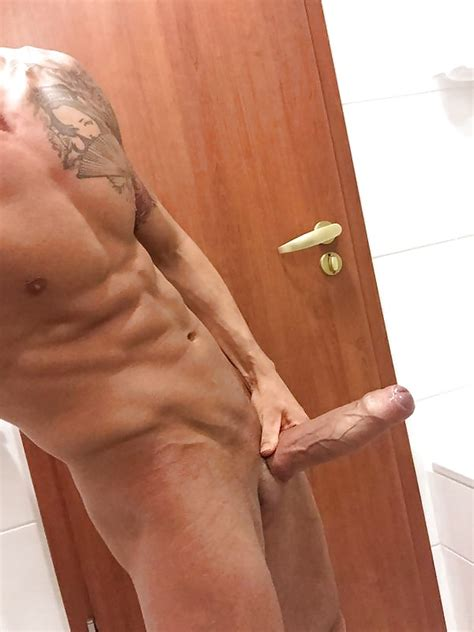 spanish huge cock chris diamond filming in russia backstage 62 pics