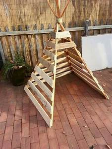 Build your kids a wooden teepee tent! DIY projects for