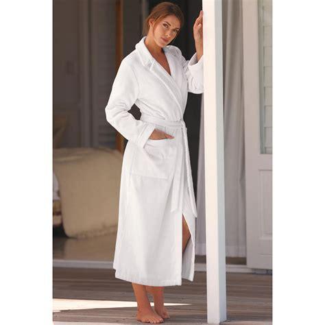robe de chambre homme satin peignoir de bain haute couture de féraud pas cher pro idee