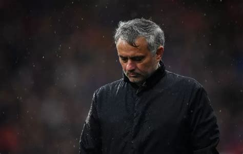 Reason why Jose Mourinho was 'lying down in tears on team ...