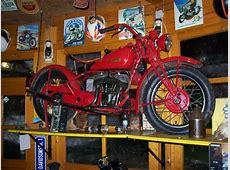 Alte Motorräder Harley Davidson, Indian, DKW und BMW R1007