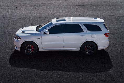 jeep durango styling size up dodge durango srt vs jeep grand cherokee