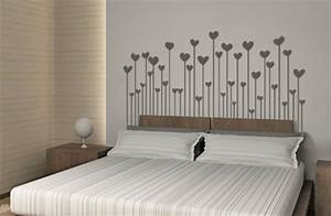 10 idees deco pour relooker son appartement sans se ruiner With chambre bébé design avec fleurs pour enterrement homme