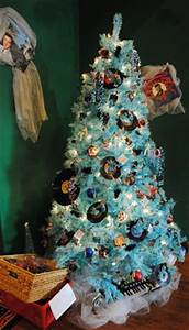 1000 ideas about Teal Christmas Tree on Pinterest