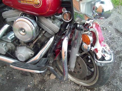harley davidson 883 incidentata idea di immagine motociclo