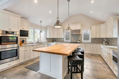 kitchen  cathedral ceiling ideas house plans