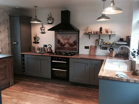 dust grey shaker fitted kitchen  quarry bank west