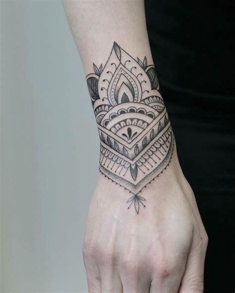 25+ Best Ideas About Arm Cuff Tattoo On Pinterest Cuff