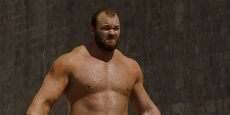 hafthor bjornsson strongman thrones game mountain record kettlebell weightlifting