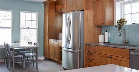 top  wall colors  oak cabinets part  hometalk