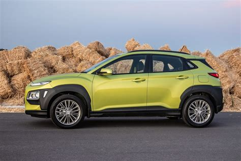 For 2022, it receives significant improvements that should keep segment. Hyundai Kona 2.0 Executive Auto (2019) Quick Review - Cars ...
