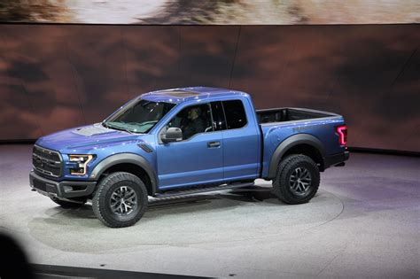 100  [ Ford Raptor Rally Truck ]   Ford Announces F150
