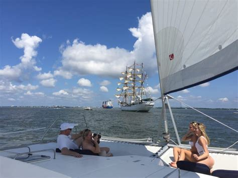 Boat Charter Charleston Sc by Charleston Sailing Charters Things To Do In Charleston