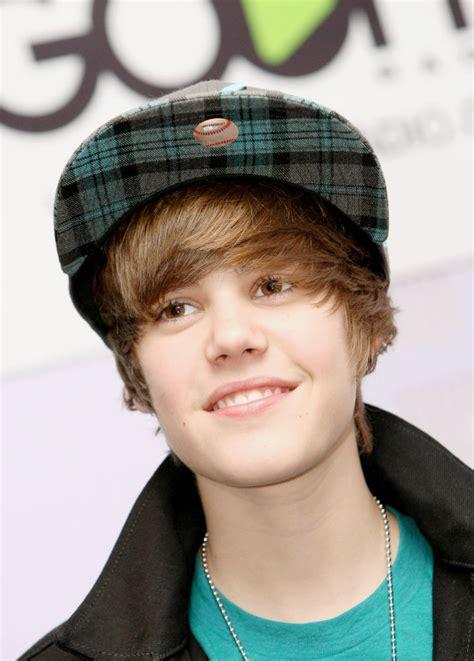 Bieber was signed to rbmg records in 2008. Justin Bieber acapara el 3% de los recursos de Twitter ...