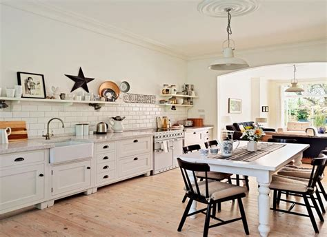Look Around This Openplan Countrystyle Family Kitchen