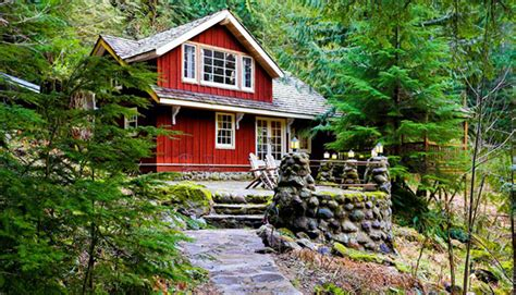 cabins in oregon cozy cabin rentals for a sweater weather getaway