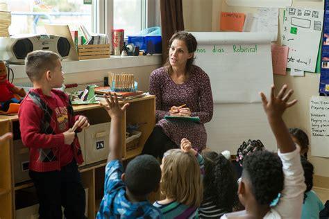 kindergarten teacher  class  kindergarten teacher