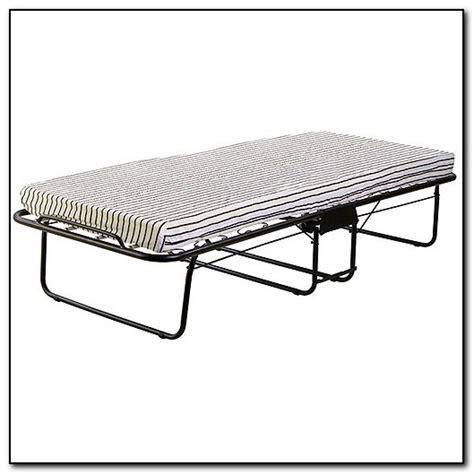 rollaway bed walmart roll away beds walmart beds home design ideas