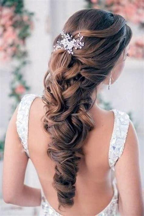 wedding hairstyles  curly  bride inofashionstylecom