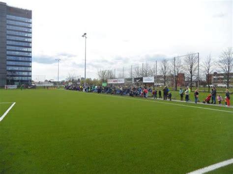 Hanzas vidusskolas laukums - Stadion in Rīga (Riga)