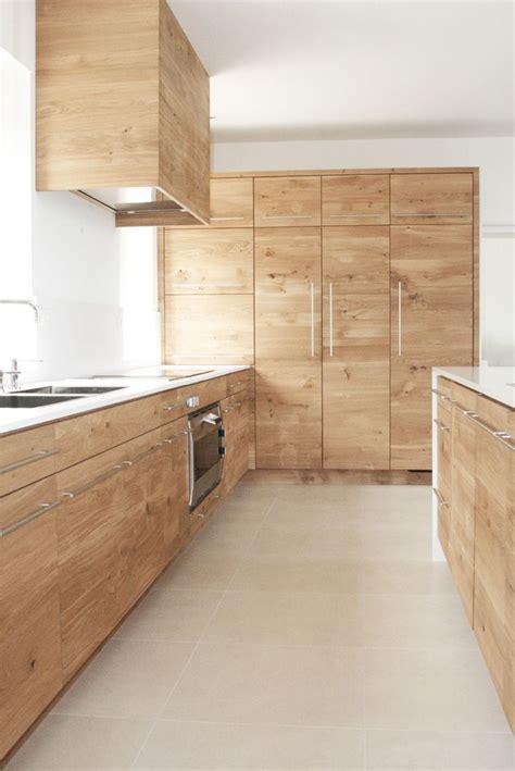 cuisine en chene blanchi plan de travail cuisine chene meuble cuisine chene