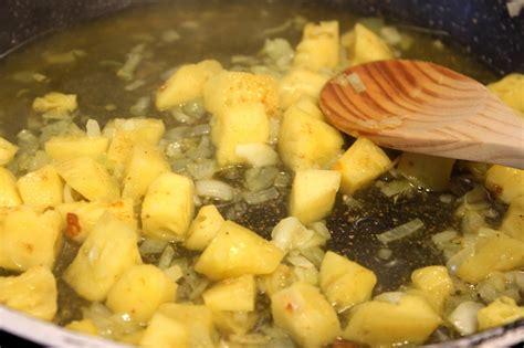 cuisiner l ananas poulet à l 39 ananas et au curry pour ceux qui aiment