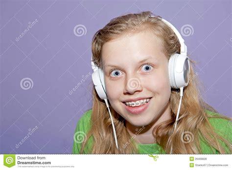 Teen Girl Listening Music Royalty Free Stock Photos