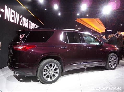 chevrolet crossover 2018 chevrolet traverse 3 row crossover gets full redesign